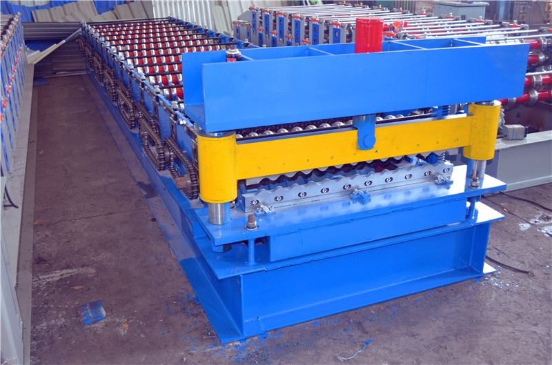 JCX 850 corrugated roll forming machine